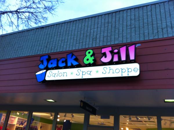 Denver-Channel-Letters-Jack-&-Jill