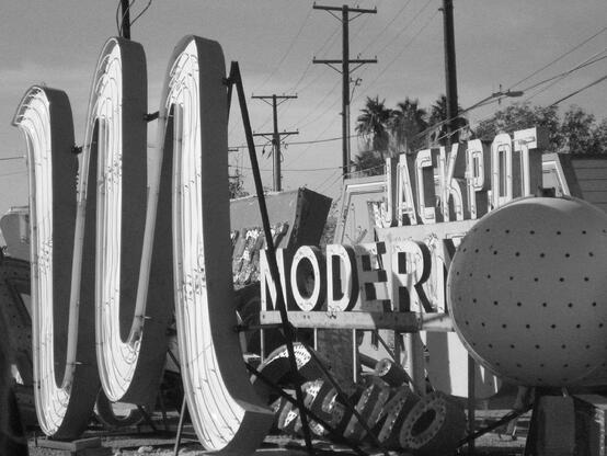 Sign-Graveyard-Neon Signs-Antique