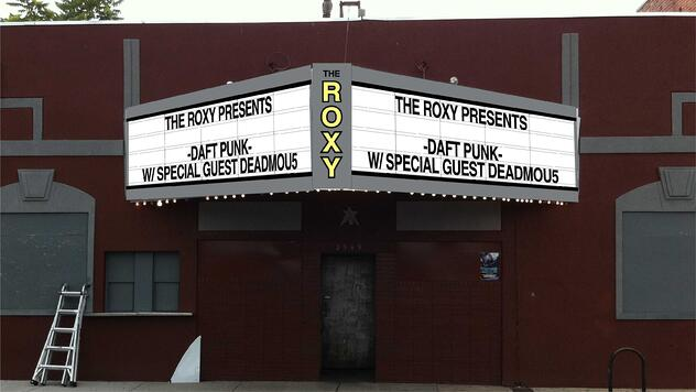 theater sign, roxy sign, marquee sign revamp, sign refurbishment