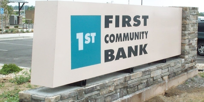First_Community_Bank_Illuminated_Monument_Sign-colorado-springs