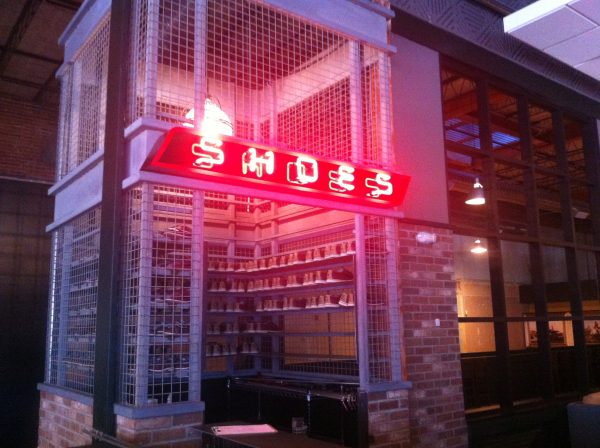 interior-and-lobby-sign-neon