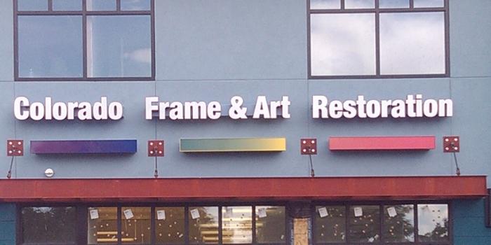great looking custom signs