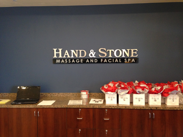 Hand-and-Stone-Interior-Sign-Arvada