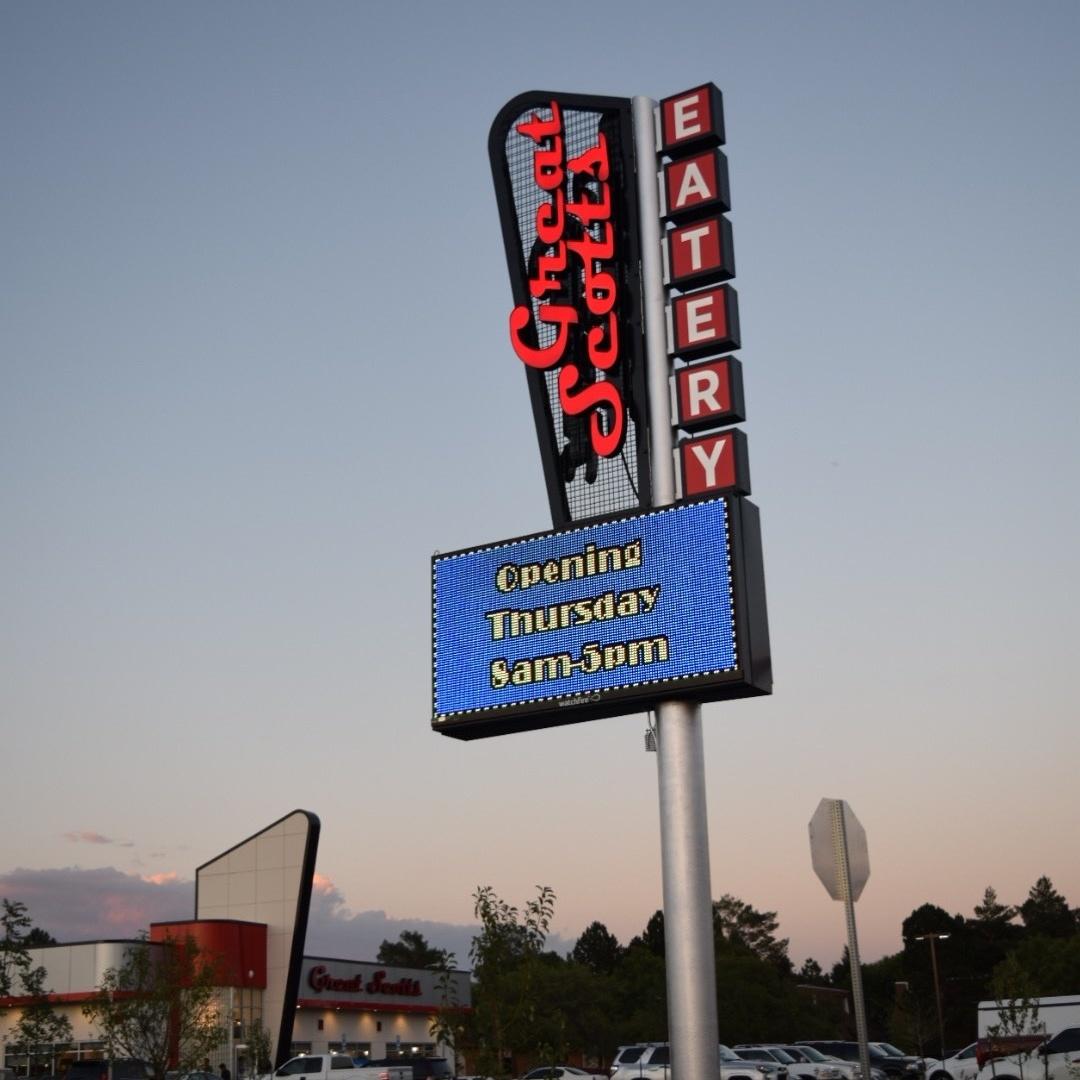 Great_Scotts_Diner_LED_Sign.jpg