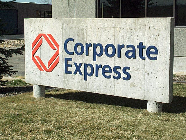 Corporate-Express-Concrete-Monument-Broomfield2.jpg