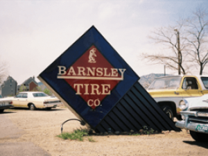 tire_sales_and_service_signs-resized-600-655609e69a4e26886b9c798bdf14c95d.png