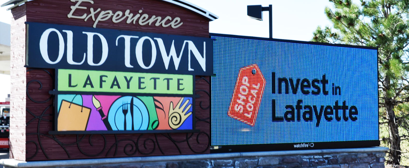 High Resolution Outdoor LED Signs